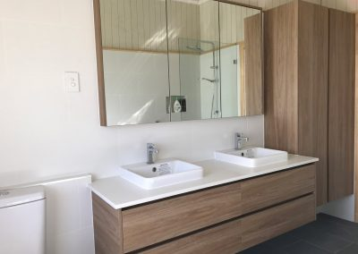 Woodgrain Custom Bathroom
