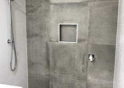 Concrete Inspired Tiles in Sinnamon Park Ensuite Renovation