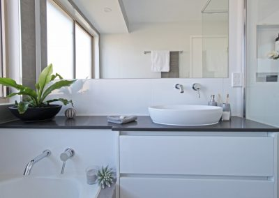 Over Bath Benchtop - In Wall Tapware for Basin and Bathtub