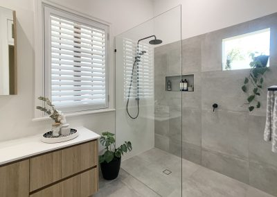 Fixed Panel Shower Screen & Window - Large vanity unit with storage drawers