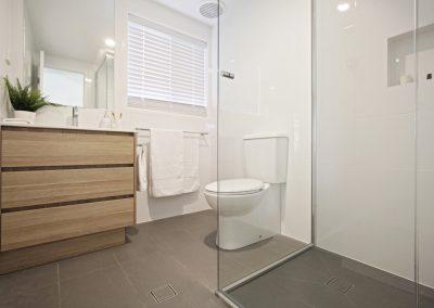 Guest Bathroom - Custom Woodgrain Vanity