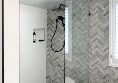 Shower Recess Herringbone Feature Wall - Fixed Panel Shower Screen