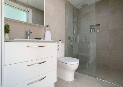 Fixed Panel Shower Recess - Twin Shower Rail