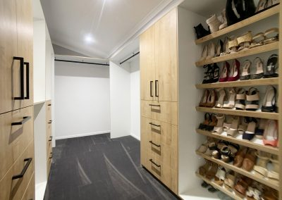 Walk in Robe Shoe Rack - Lots of drawers to keep folded clothing and more